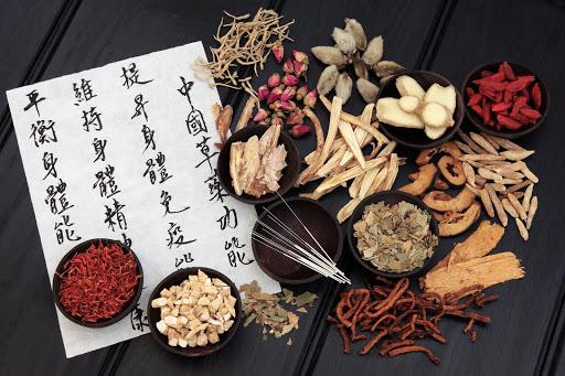 漢方に詳しい薬剤師が教える「ダイエットに有効とされる漢方薬 5種」