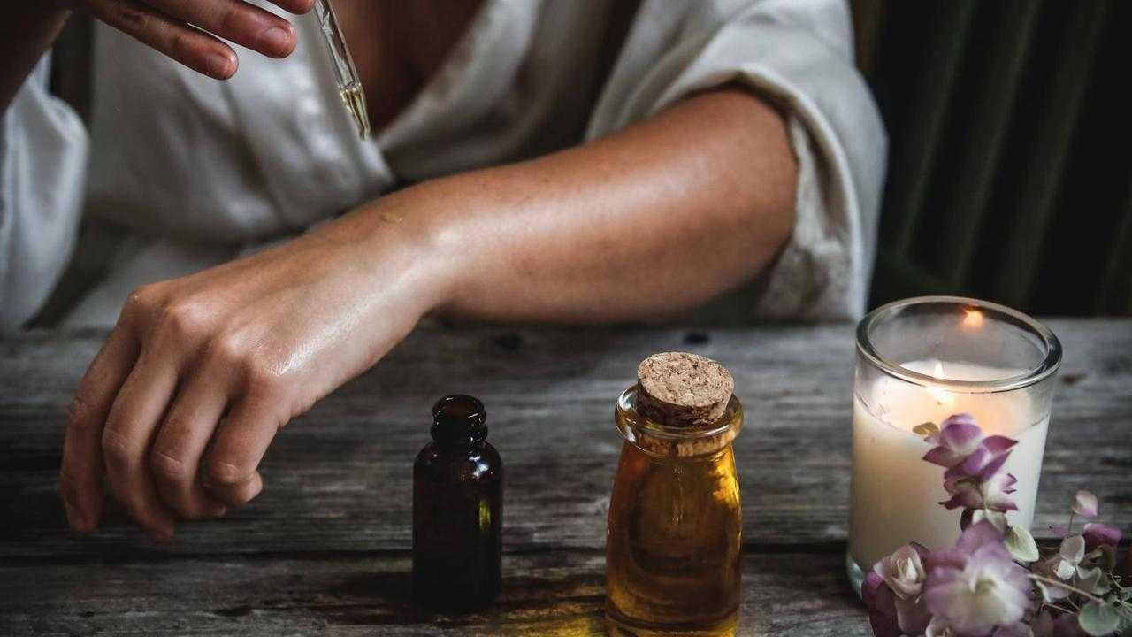 """月桃精油の""""肌の老化""""を抑制する可能性について"""